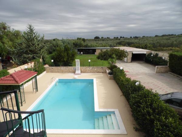 Villa in vendita a Bitetto, 4 locali, Trattative riservate | Cambio Casa.it