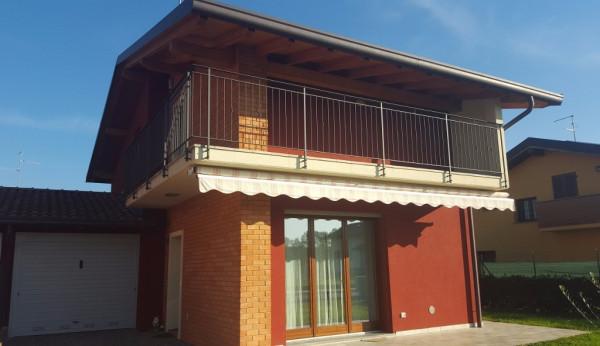 Villa in vendita a Appiano Gentile, 4 locali, prezzo € 278.000 | Cambio Casa.it
