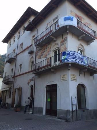 Negozio / Locale in affitto a Cavour, 3 locali, prezzo € 1.300 | Cambio Casa.it