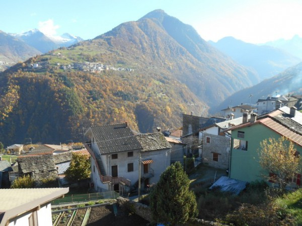 Bilocale Gerola Alta Via Roma 3