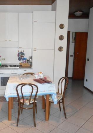 Bilocale Gerola Alta Via Roma 6