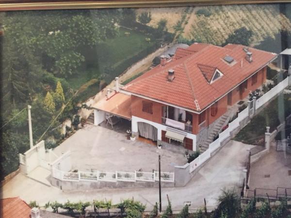 Villa in Vendita a Portacomaro Centro: 5 locali, 350 mq