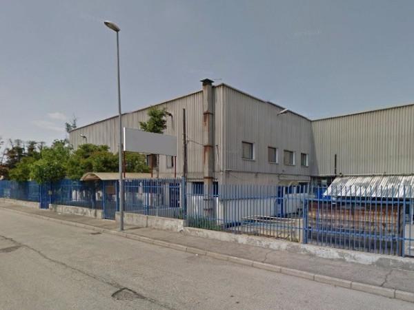 Capannone in vendita a Beinasco, 6 locali, prezzo € 370.000 | Cambio Casa.it