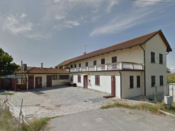 Negozio / Locale in vendita a Carmagnola, 4 locali, prezzo € 95.000 | Cambio Casa.it