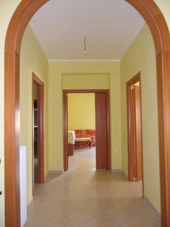Appartamento in affitto a Avezzano, 6 locali, prezzo € 600 | Cambio Casa.it