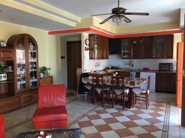 Appartamento in vendita a Borgomanero, 4 locali, prezzo € 150.000 | Cambio Casa.it