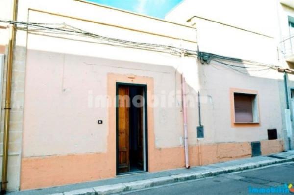 Appartamento in vendita a Oria, 6 locali, prezzo € 87.000 | CambioCasa.it