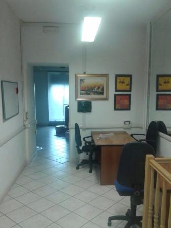 Negozio / Locale in vendita a Roma, 2 locali, zona Zona: 14 . San Giovanni, Re di Roma, P.ta Metronia, prezzo € 115.000 | Cambiocasa.it