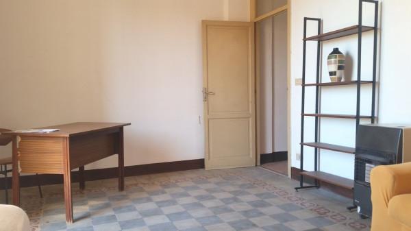 Bilocale Palermo Corso Tukory 11