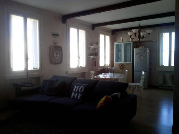 Attico / Mansarda in vendita a Viadana, 5 locali, prezzo € 120.000 | Cambio Casa.it