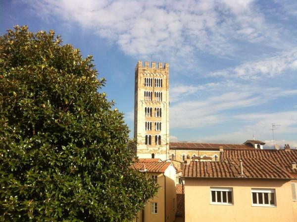 Bilocale Lucca Via Cesare Battisti 1