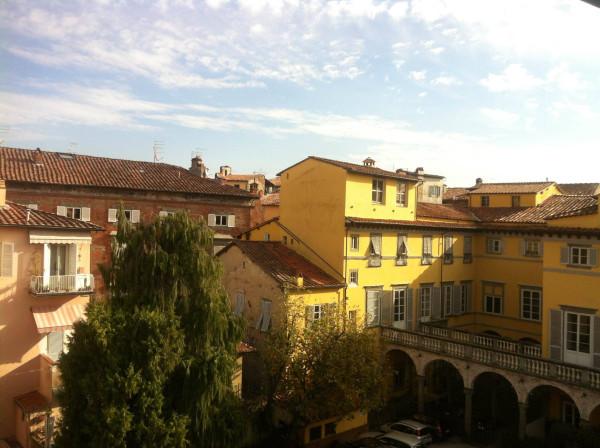 Bilocale Lucca Via Cesare Battisti 2