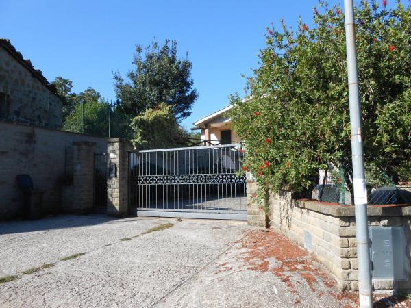 Villa in vendita a Bracciano, 5 locali, prezzo € 420.000   Cambiocasa.it