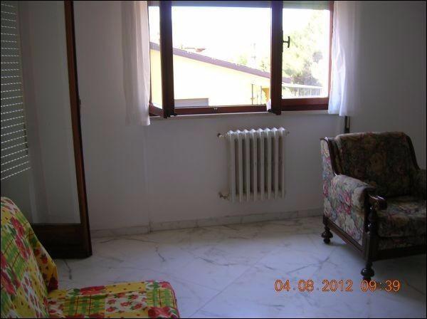 Bilocale Sarzana Via Massa Neri 2
