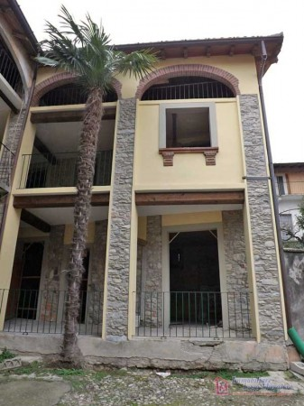 Rustico / Casale in vendita a Casalzuigno, 5 locali, prezzo € 60.000 | Cambio Casa.it