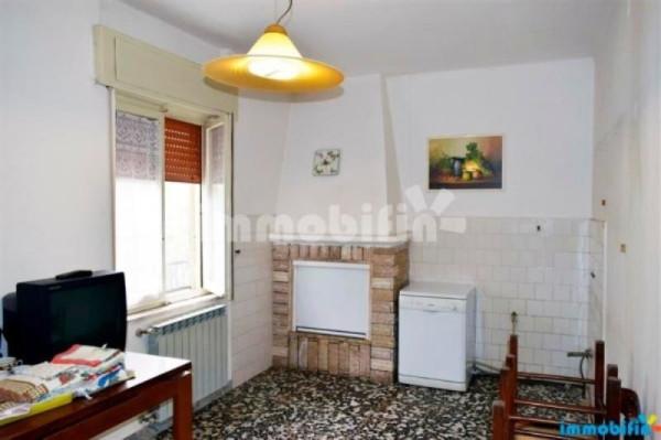 Appartamento in vendita a Francavilla Fontana, 6 locali, prezzo € 85.000 | Cambio Casa.it