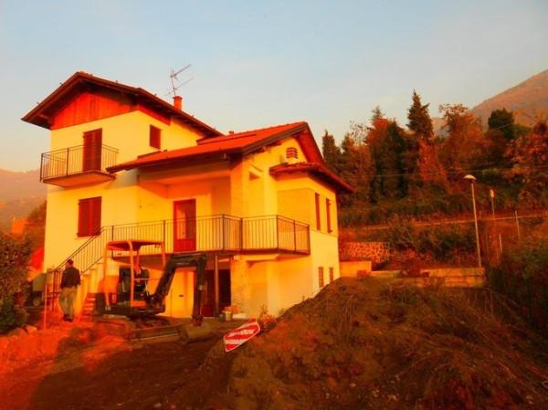 Villa in vendita a Sale Marasino, 6 locali, prezzo € 350.000 | Cambio Casa.it