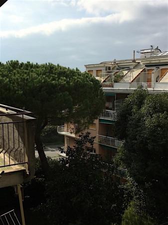 Bilocale Genova Via Marasso 2
