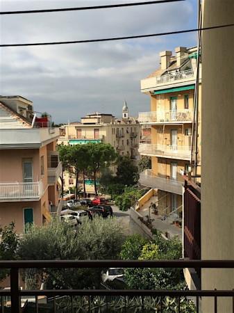 Bilocale Genova Via Marasso 3