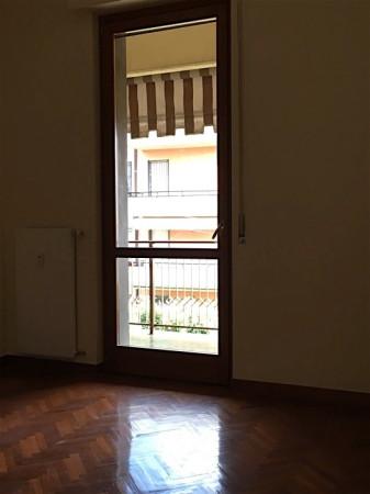 Bilocale Genova Via Marasso 7