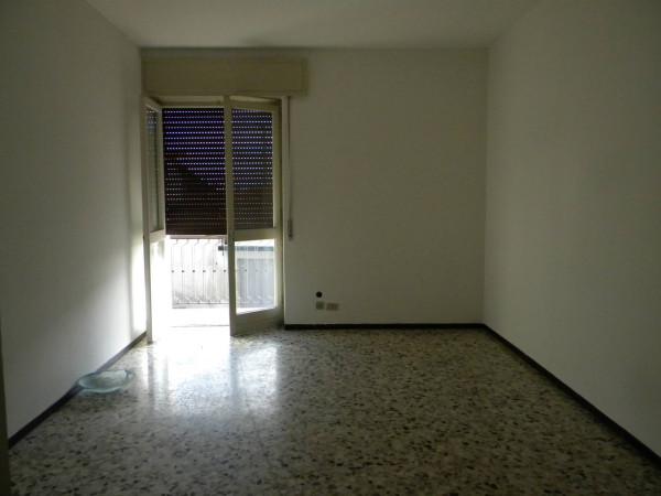 Bilocale Olgiate Olona Via Roma 3