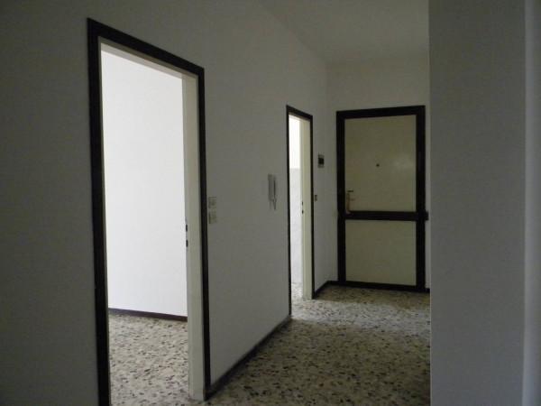 Bilocale Olgiate Olona Via Roma 5