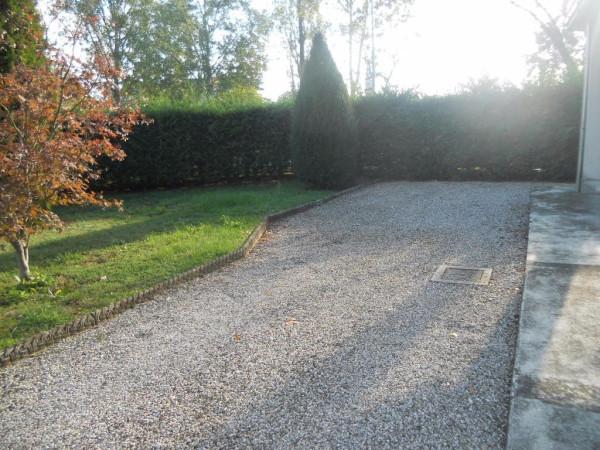 Villa in vendita a Gualtieri, 6 locali, prezzo € 250.000 | Cambio Casa.it