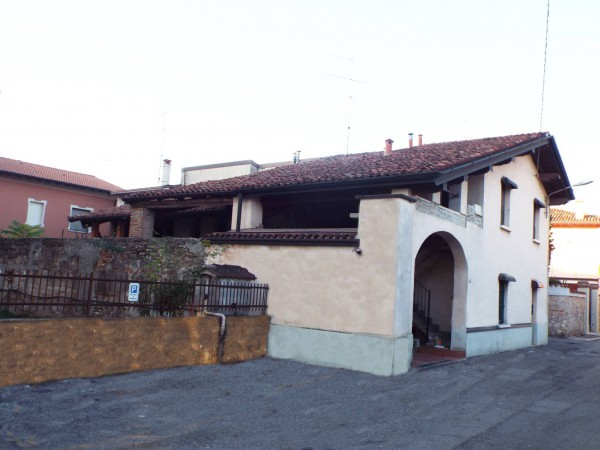 Rustico / Casale in vendita a Ghedi, 4 locali, prezzo € 80.000 | Cambio Casa.it