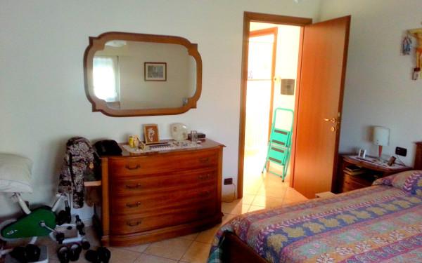 Bilocale Cantù Via Montello 11