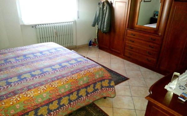 Bilocale Cantù Via Montello 9