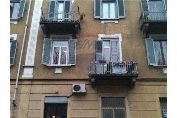 Bilocale Torino Via Verolengo, 42 1