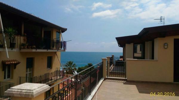 Attico / Mansarda in vendita a Taormina, 2 locali, prezzo € 200.000 | Cambio Casa.it