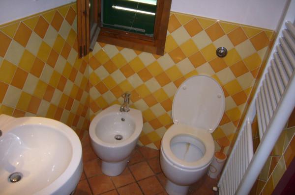 Bilocale Bagno a Ripoli Via Roma 8