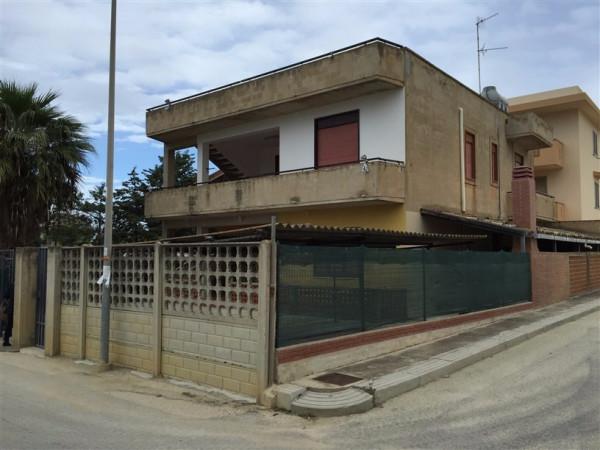 Appartamento in Affitto a Menfi: 4 locali, 90 mq