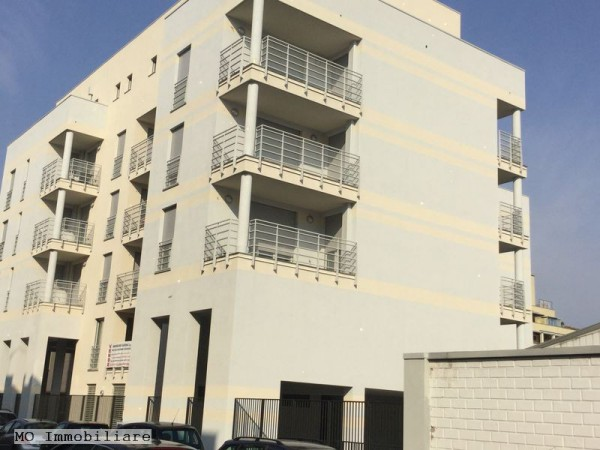 M o immobiliare a milano casa for Appartamenti prestigiosi milano