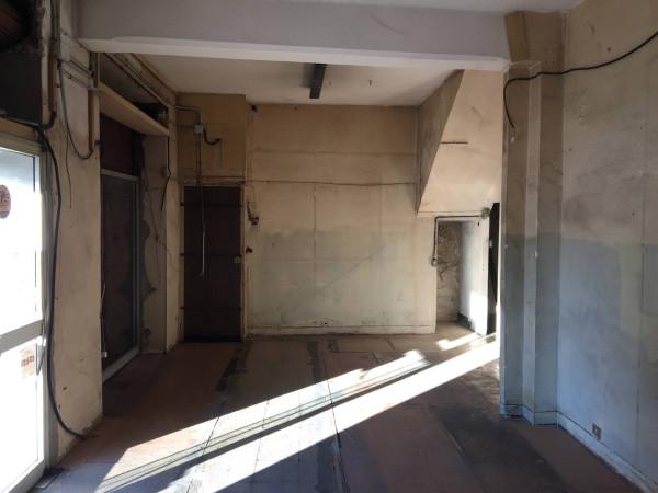 Negozio / Locale in affitto a Ventimiglia, 3 locali, prezzo € 800 | Cambio Casa.it