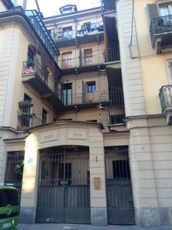 Bilocale Torino Via Cesare Balbo 1
