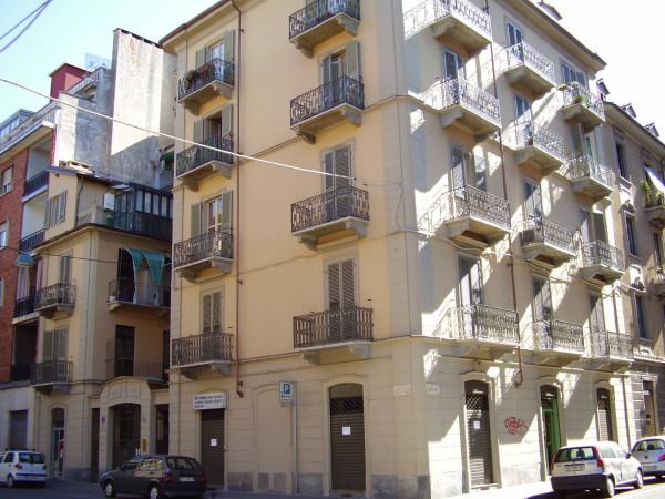 Bilocale Torino Via Cesare Balbo 2