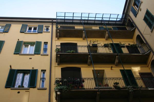 Bilocale Milano Piazza Sempione 4