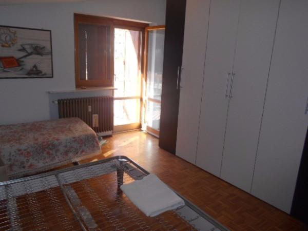 Bilocale Pomaretto Via Carlo Alberto 3