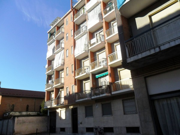 Bilocale Trino Via Duca D'aosta 2