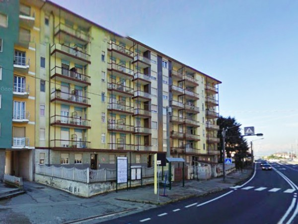 Appartamento in vendita a Chivasso, 4 locali, prezzo € 55.000 | Cambio Casa.it