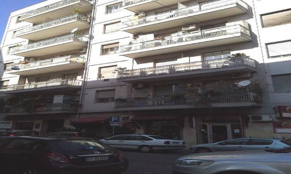 Appartamento in Vendita a Catania Semicentro: 2 locali, 70 mq