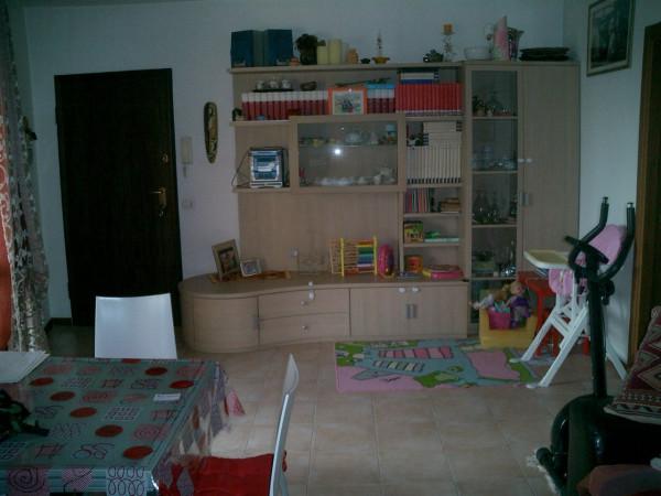 Appartamento in vendita a Agliana, 3 locali, prezzo € 135.000   Cambio Casa.it