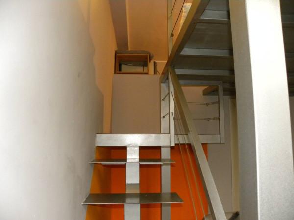 Bilocale Milano Via Accademia 8