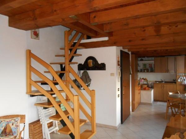 Attico / Mansarda in vendita a Sale Marasino, 3 locali, prezzo € 130.000 | Cambio Casa.it