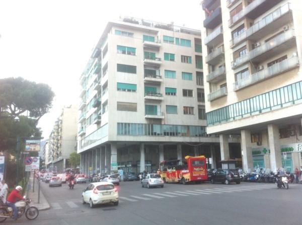 Attivita'-licenza in Vendita a Palermo Centro: 190 mq