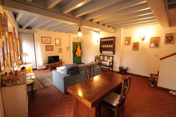 Bilocale Lucca Via Santa Croce 4