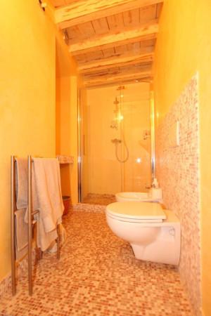 Bilocale Lucca Via Santa Croce 8
