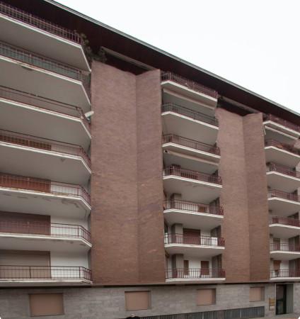 Appartamento in affitto a Varese, 4 locali, prezzo € 950 | CambioCasa.it
